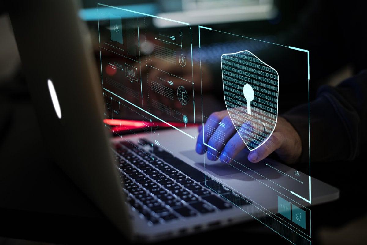 Digital Crime by Hacker
